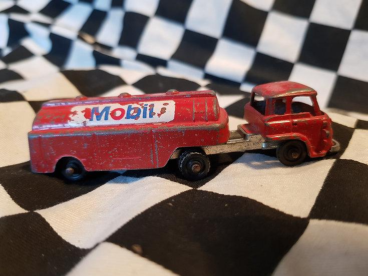Vintage Fun Ho Bedford MOBIL Tanker Loose