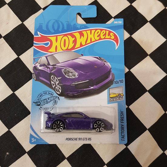 Hot Wheels 2020 Factory Fresh Porsche 911 GT3 RS Purple