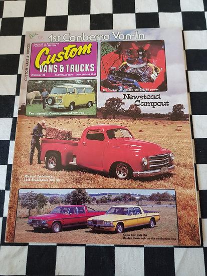 CUSTOM VANS & TRUCKS magazine #32