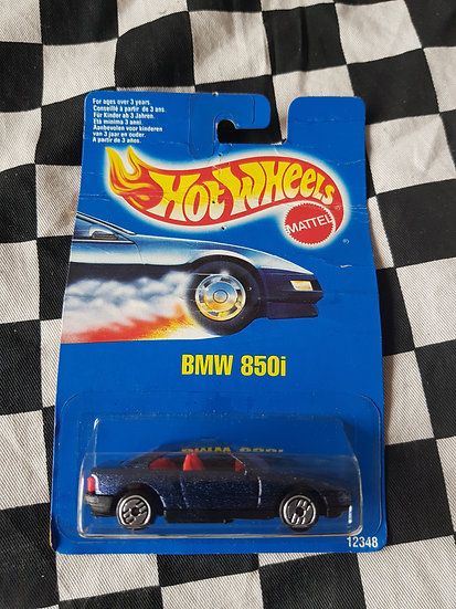 Hot Wheels 1991 Blue Card BMW 850i (Bent Card)