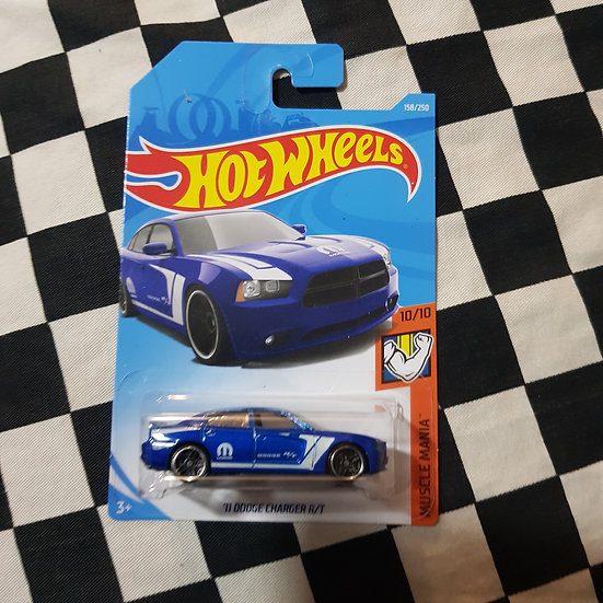Hot Wheels 2019 Muscle Mania 11 Dodge Charger R/T Blue