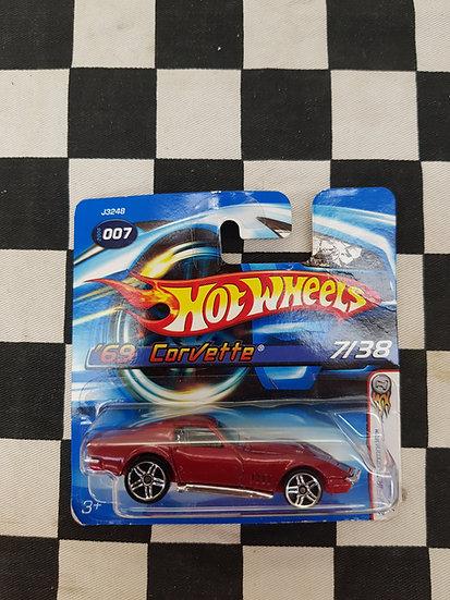 Hot Wheels 2006 First Edition 69 Corvette red Short Card