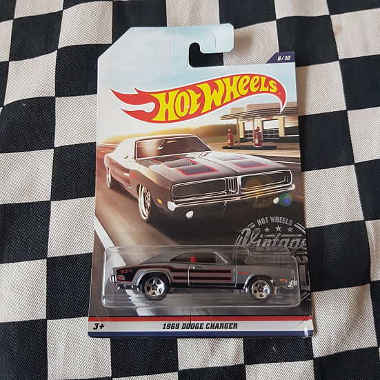 Hot Wheels Vintage Muscle  2016 1969 Dodge Charger Grey