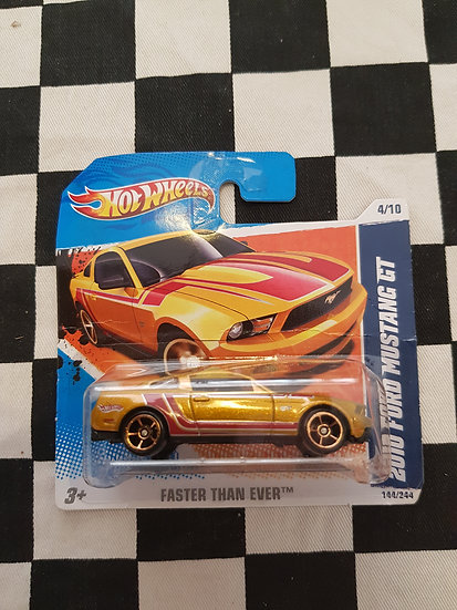 Hot Wheels 2010 Faster Than Ever 2010 Ford Mustang GT Gold
