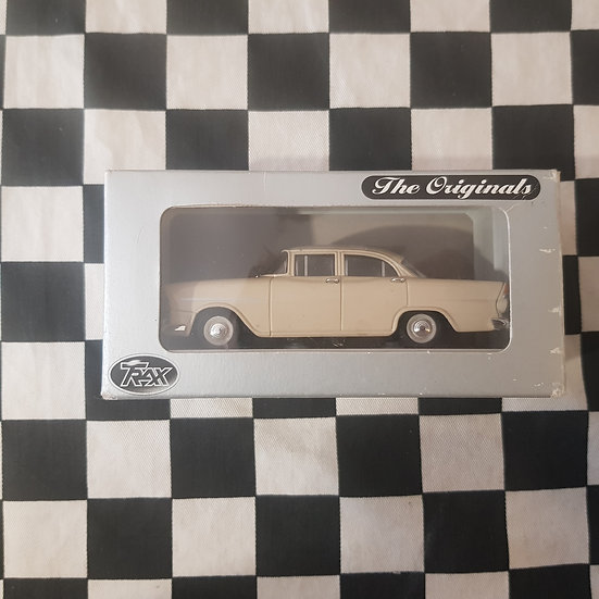 Trax 1:43 TR20E FB Holden Special Sedan Cream