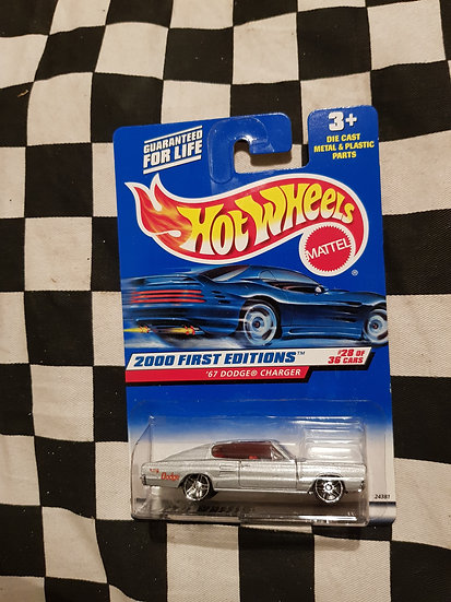 Hot Wheels 2000 First Editions 67 Dodge Charger