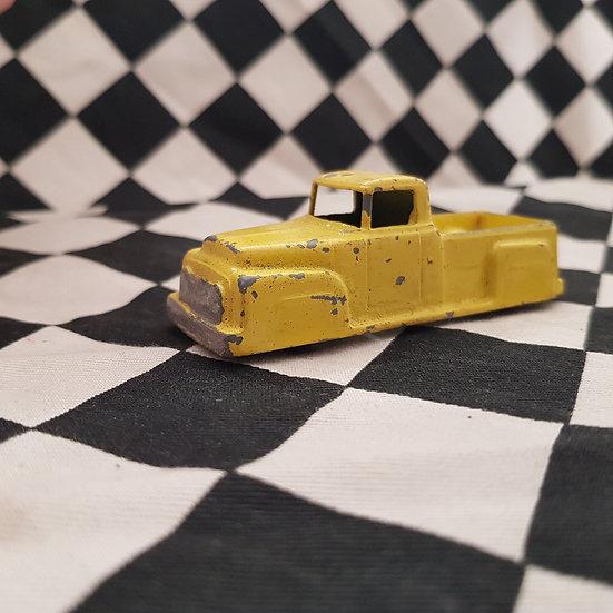 Vintage TootsieToy Ford 53-56 F100 International Dodge Pickup Ute Truck Yellow
