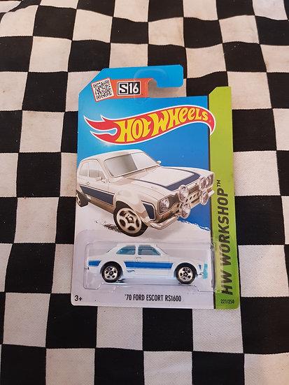 Hot Wheels 70 Ford Escort RS1600 White
