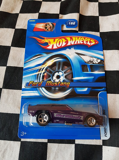 Hot Wheels 2005 Ford Mustang Funny Drag Car