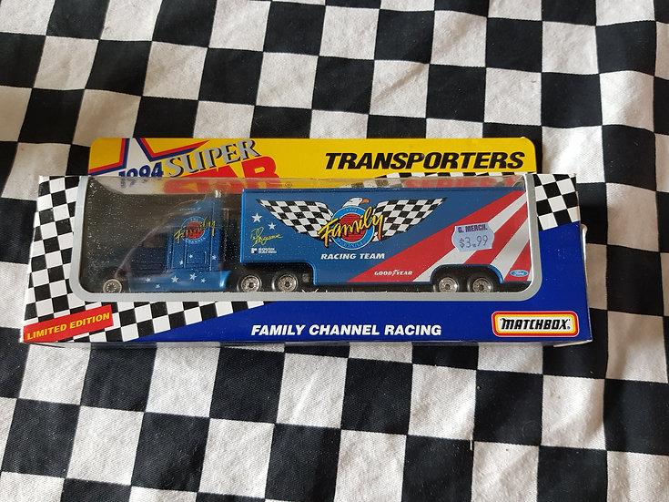 Matchbox 94 Superstars Family channel team Transporter Truck