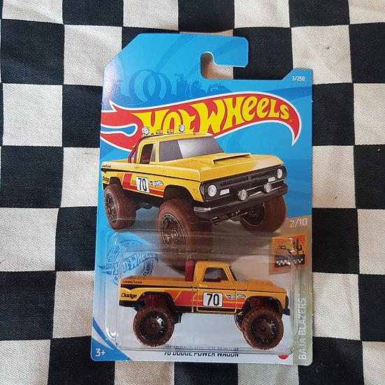 Hot Wheels 2020 Baja Blazers 70 Dodge Power Wagon Yellow Pickup Truck