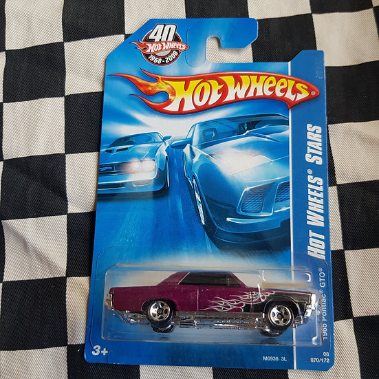 Hot Wheels 2008 Stars 1965 Pontiac GTO Purple