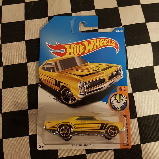 Hot Wheels 2018 Muscle Mania 67 Pontiac GTO Yellow