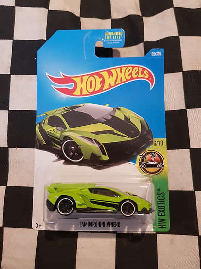 Hot Wheels 2015 Exotics Lamborghini Veneno GREEN