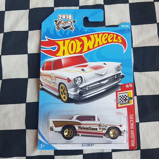 Hot Wheels 2018 Holiday Racers Valentines Day 57 Chevy