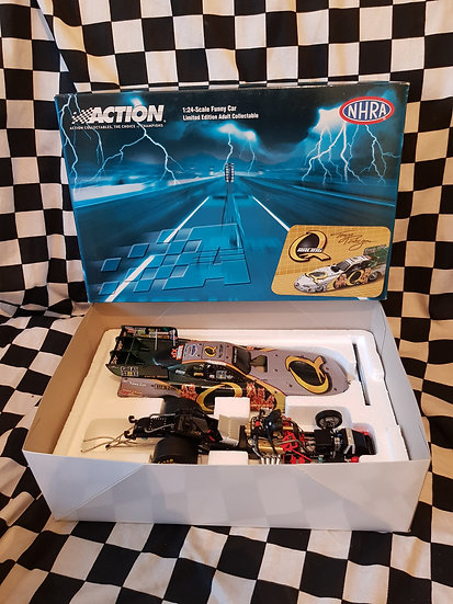 Action Collectables Tony Pedregon Quaker State 2006 Monte Carlo Funny Car