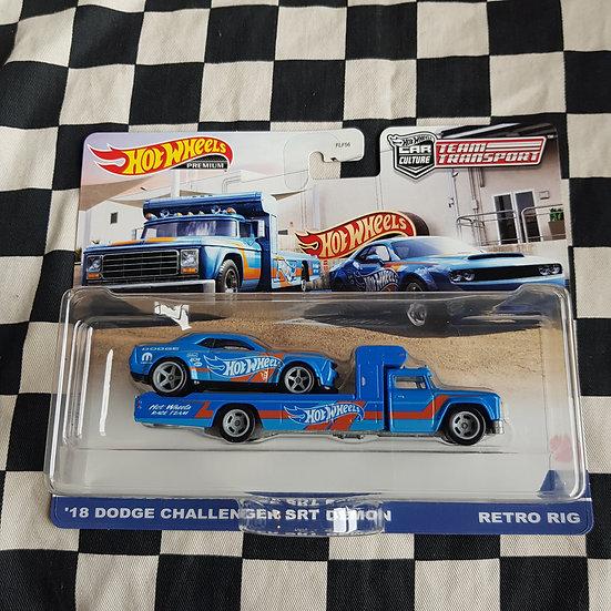 Hot Wheels Team Transport 18 Dodge Challenger SRT Demon, Retro Rig