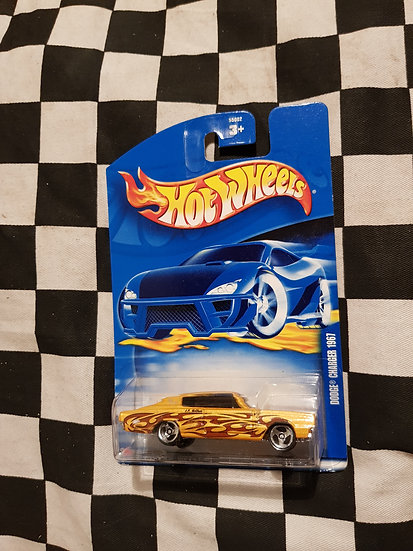 Hot Wheels 2002 1967 Dodge Charger