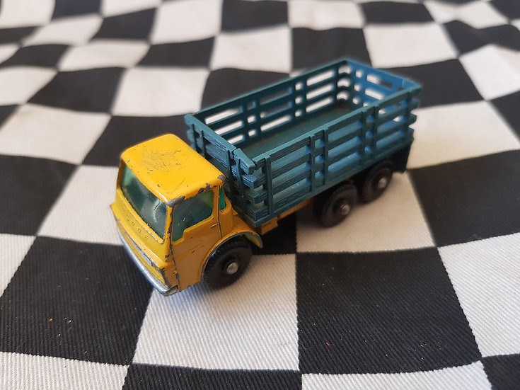 Vintage Lesney Matchbox Stake Truck