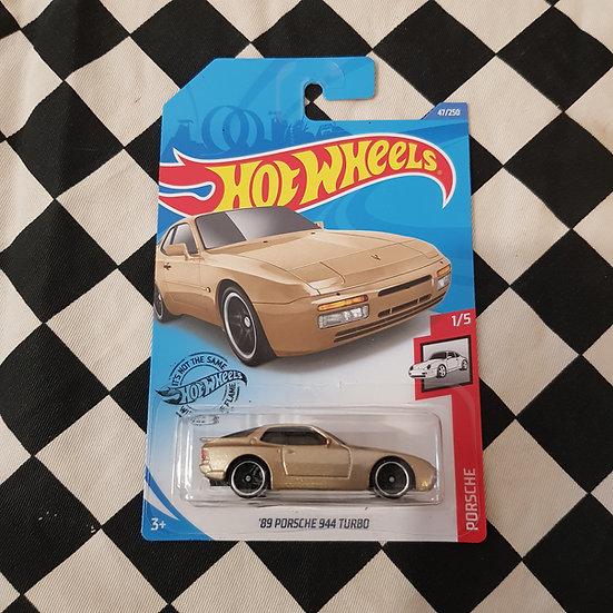 Hot Wheels 2020 Porsche series 89 Porsche 944 Turbo Gold