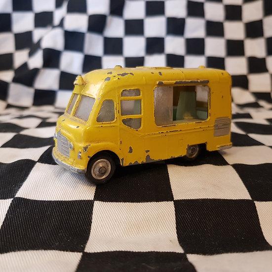 Vintage CORGI Smiths Karrier Van