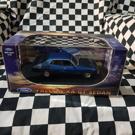 Oz Legends 1:32 Ford Falcon XA GT Sedan Blue