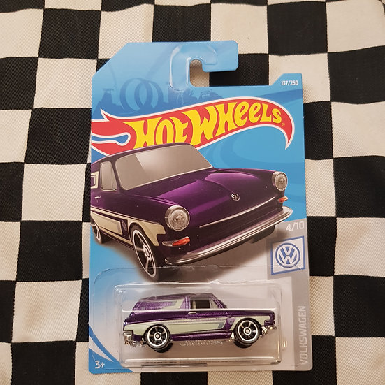 Hot Wheels 2019 Volkswagen Series Custom 69 VW Squareback