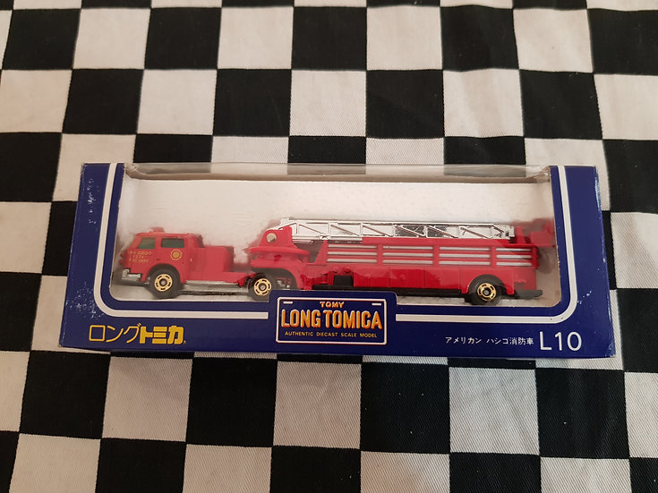 Long Tomica L10 American Lafrance Fire Special Fire Engine Red