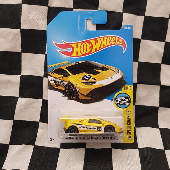 Hot Wheels 2015 Speed Graphics Lamborghini Huracan LP620-2 Super Trofeo Yellow