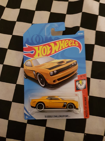 Hot Wheels 2018 Muscle Mania 15 Dodge Challenger SRT