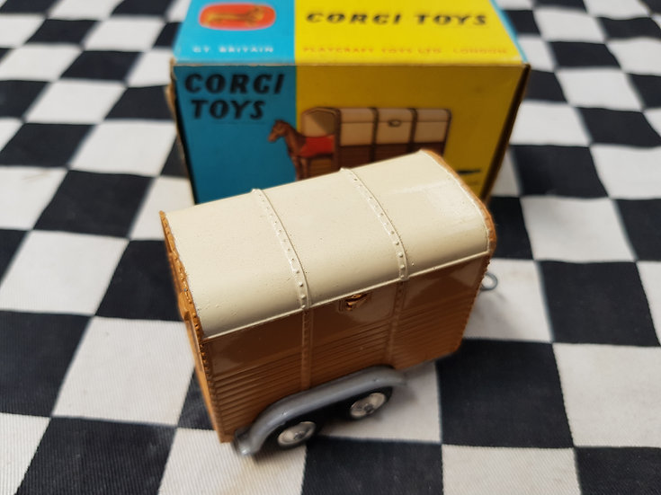 Corgi #102 Rice's Pony Trailer original Boxed ( no Pony)