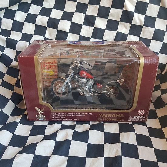 Road Legends 1/12 Scale Yamaha XV1100 Virago Model Motorcycle