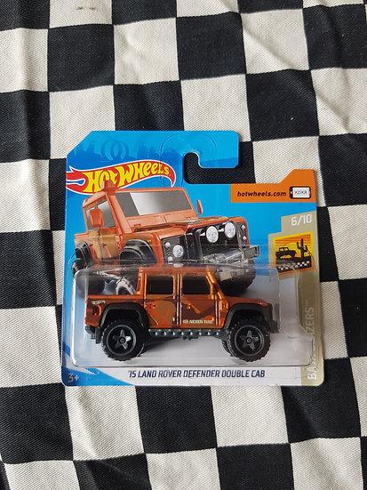 Hot Wheels 2019 Baja Blazers 15 Land Rover Defender Double Cab Orange