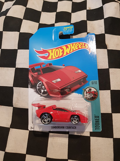 Hot Wheels 2015 tooned Lamborghini Countach RED