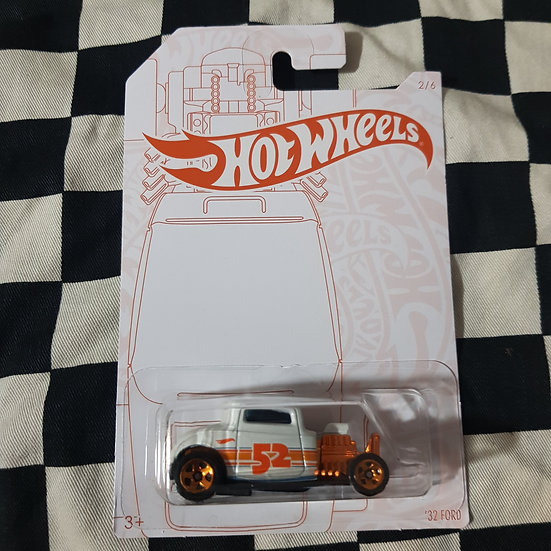 Hot Wheels Pearl & Chrome 32 Ford Hot Rod Coupe