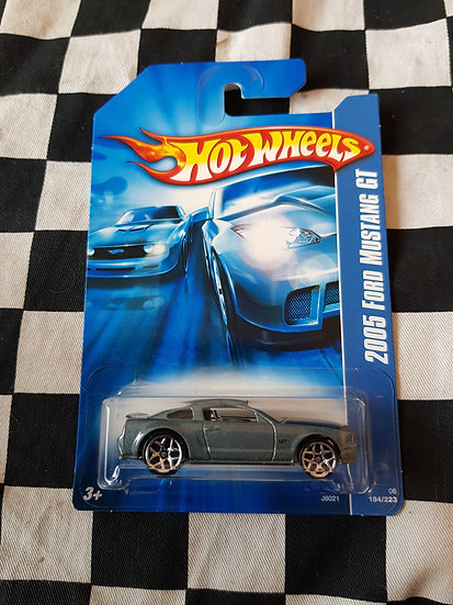Hot Wheels 2007 Stars 2005 Ford Mustang GT