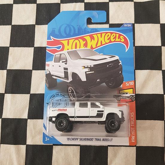 Hot Wheels 2020 Hot Trucks 19 Chevy Silverado Trail Boss LT White