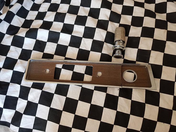 HR HOLDEN PREMIER Woodgrain Radio/Lighter Panel & Lighter