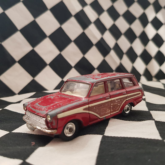 Vintage Corgi FORD Consul Cortina Super Estate Car RED HTF
