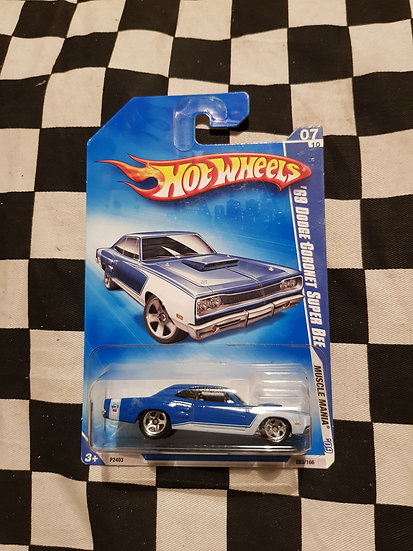 Hot Wheels 2009 Muscle Mania 69 Dodge Coronet Super Bee Blue