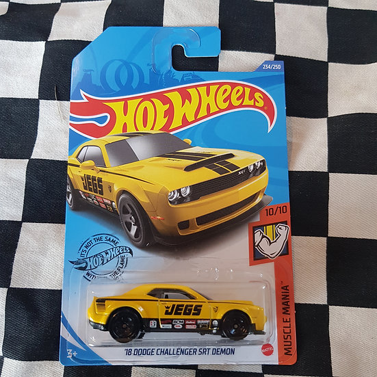 Hot Wheels 2020 Muscle Mania Jegs 18 Dodge Challenger SRT Demon Yellow