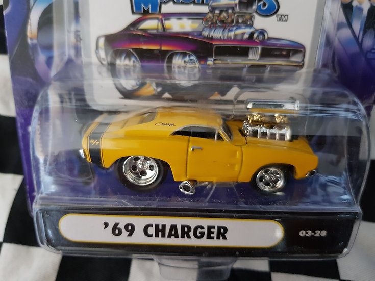 Muscle Machines 69 Charger yellow