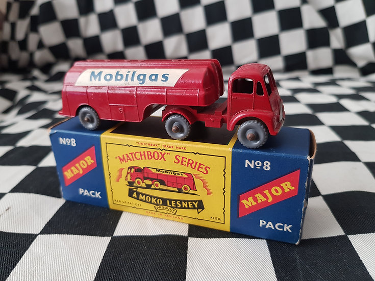 Lesney Major No8 Mobilgas Petrol Tanker Boxed
