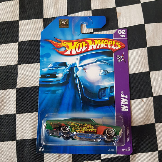 Hot Wheels 2006 WWE 1965 Chevy Impala Green WRESTLER