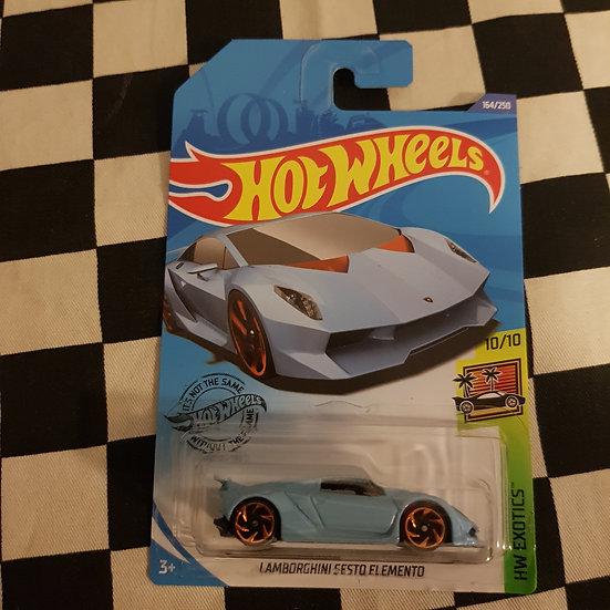 Hot Wheels 2020 Exotics Lamborghini Sesto Elemento Blue