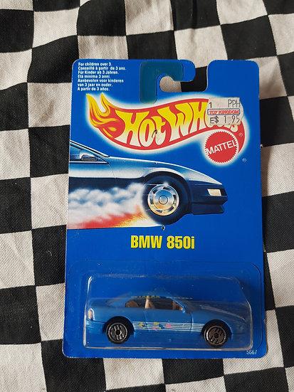 Hot Wheels 1990 Blue Card BMW 850i Light Blue