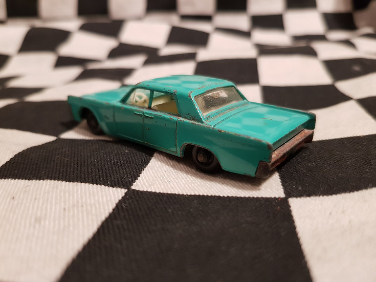 Vintage Matchbox Lesney Lincoln Continental Loose