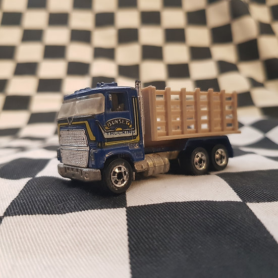 Hot Wheels Blackwall Stake Bed Truck Semi Kenworth Louisville