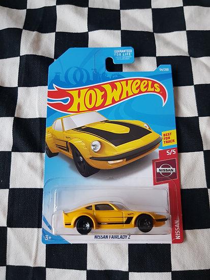 Hot Wheels 2019 Nissan Series Fairlady Z Yellow