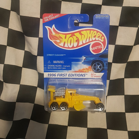 Hot Wheels 1996 First Edition Street Cleaver Earth Moving Grader